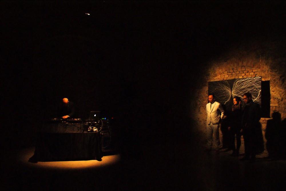2015. ápr 9. Fukui Yusuke | TESLA kiállításmegnyitó @  Térkép megjelenítése Fővárosi Képtár / Kiscelli Múzeum // Fotó: GJ/www.antropos.hu