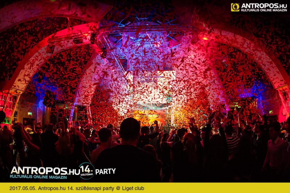 Antropos.hu 14. szültésnapi party /II. @ Liget club // Fotó: www.antropos.hu - Kattins a képre és nézd meg az egész sorozatot!